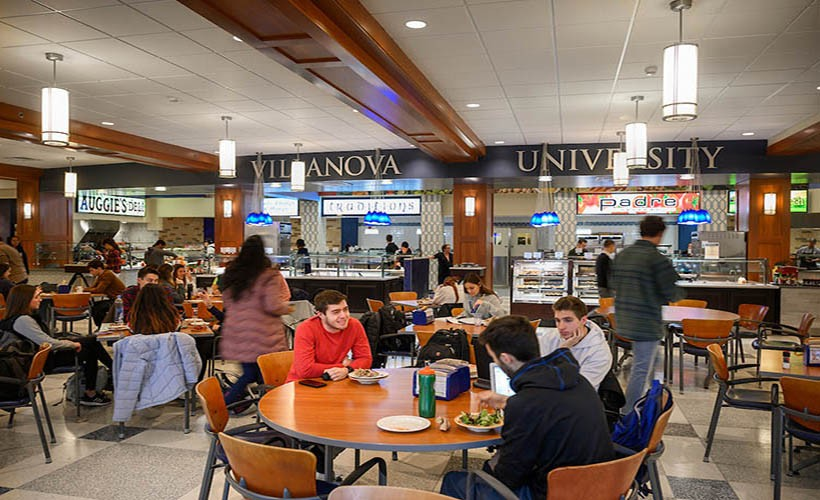 Students eating in Cafe Nova