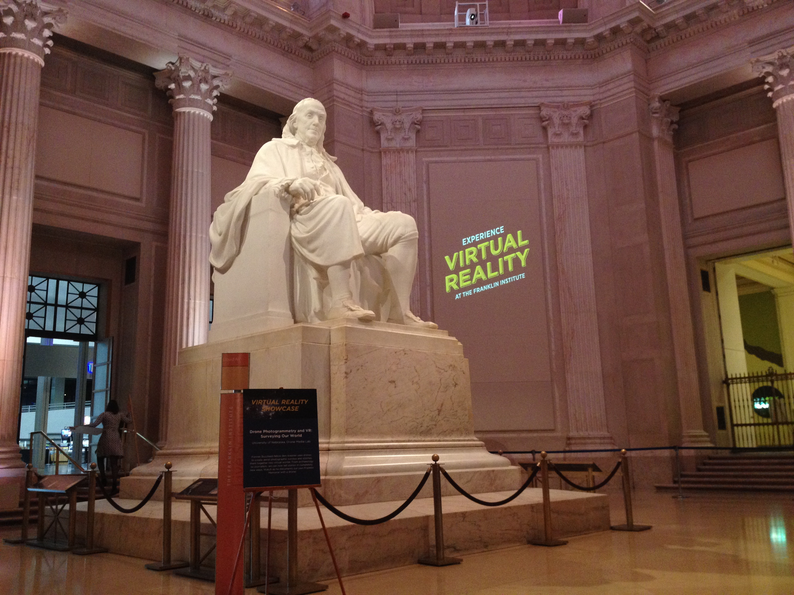 Photograph of Ben Franklin Statue at the Franklin Institute