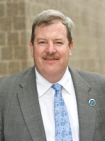 Dr. Robert Traver, PE, MCE '82, professor and VUSP director
