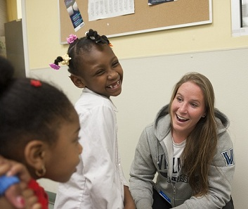 Villanova student-athletes partner with Campus Ministry to serve others