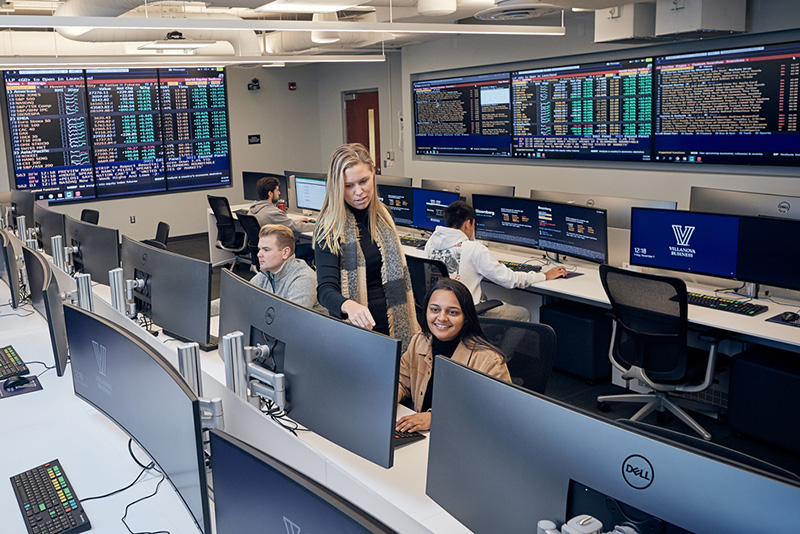Villanova School of Business (VSB) Introduces the New Victoria and Justin Gmelich '90 VSB Lab for Financial Markets