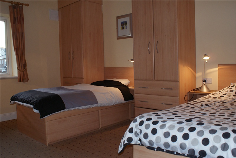 Typical twin bedroom at Gort na Coiribe