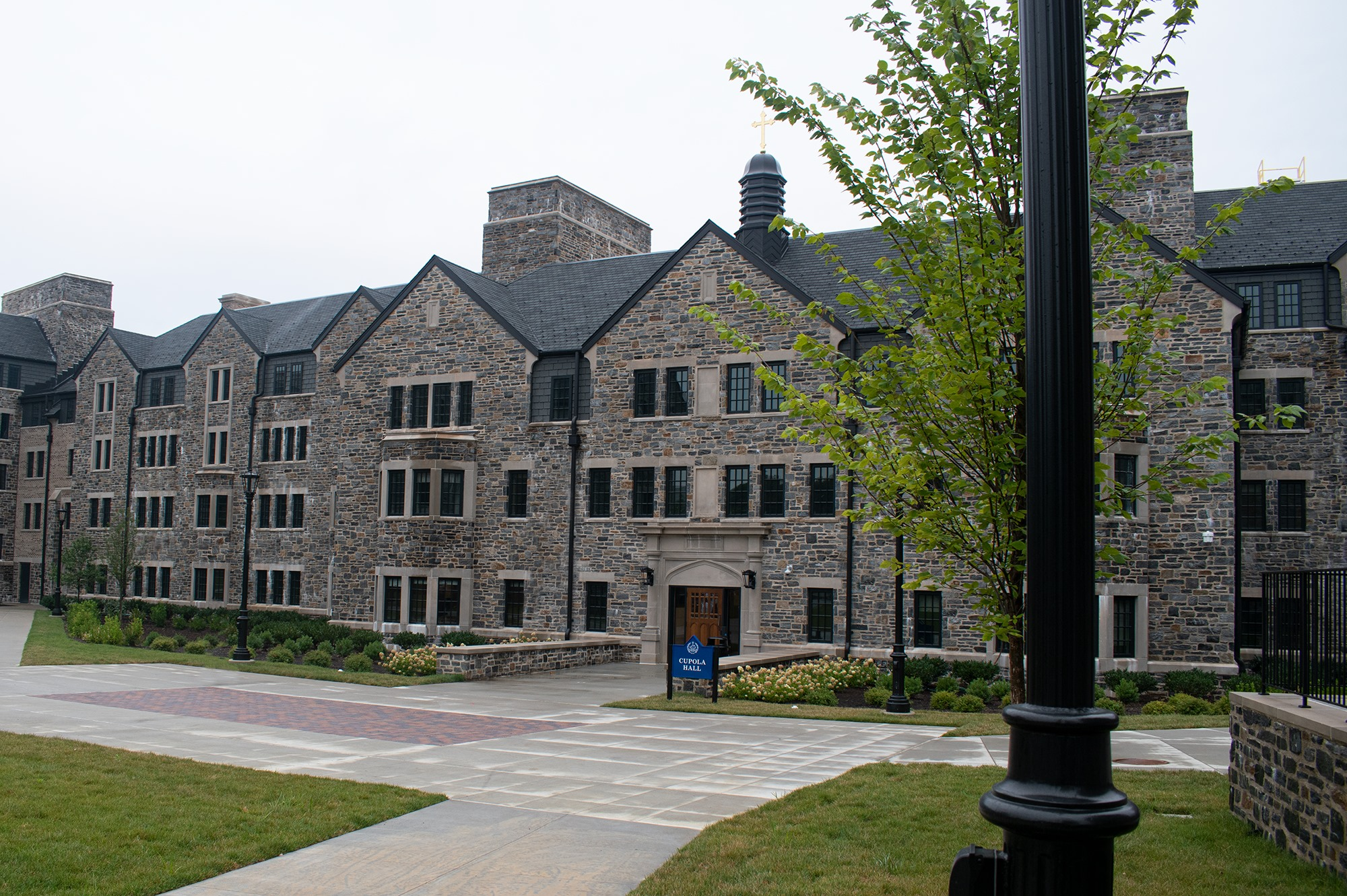 Exterior Photo - The Commons