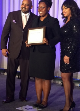 Stephanie Jones '18 ECE receives the 2017 Black Engineer of the Year Award for Leadership.